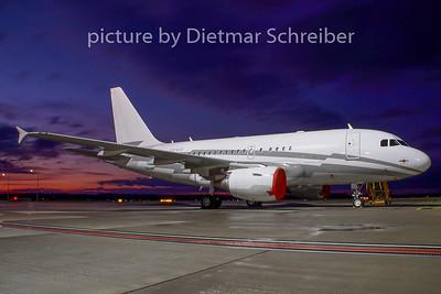 2008-12-22 LX-GJC Airbus A318