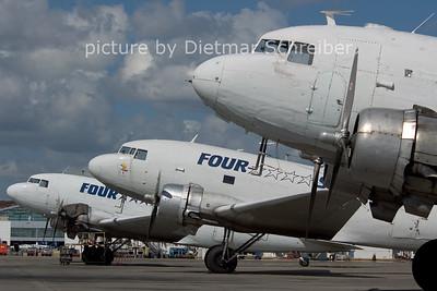 2006-02-26 N133FS Douglas DC3 Four Star
