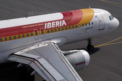 2007-03-22 EC-HAF Airbus A320 Iberia
