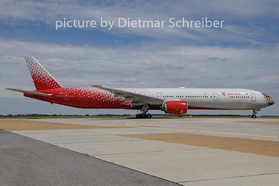 2020-05-13 EI-UNP Boeing 777-300 Rossiya