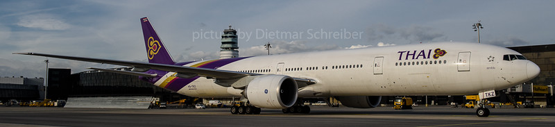 2017-11-20 HS-TKZ Boeing 777-300 Thai AIrways