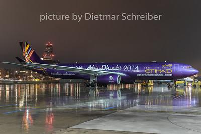 2015-01-03 A6-AFA Airbus A330-300 Etihad