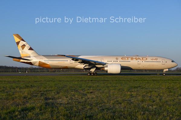 2021-04-24 A6-ETB Boeing 777-300 Etihad