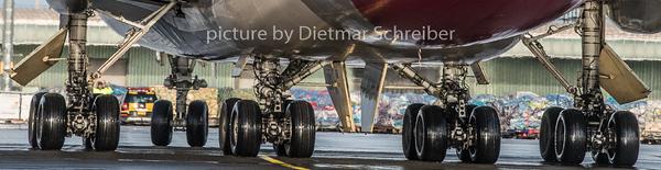 2018-12-25 HL7415 Boeing 747-400 Asiana