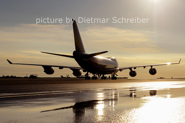 2012-09-25 HL7616 Boeing 747-400 Asiana