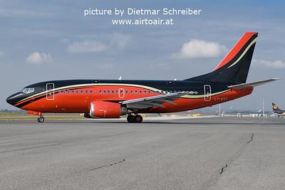 2021-10-08 LY-KDT Boeing 737-500 Klasjet