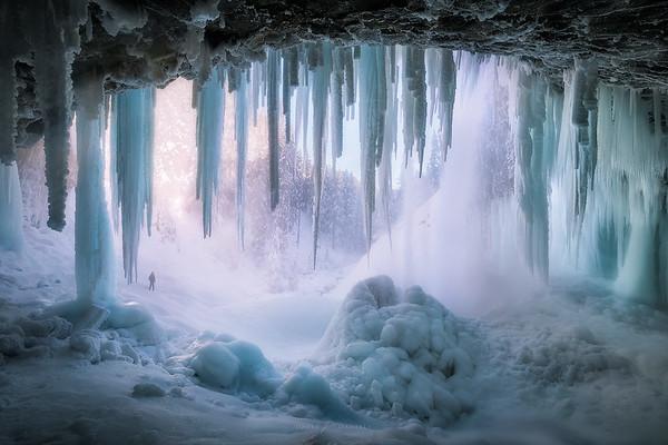 Tamanawas Ice Cave