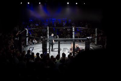 2015-10-16 The Zone Fight Night MW8371