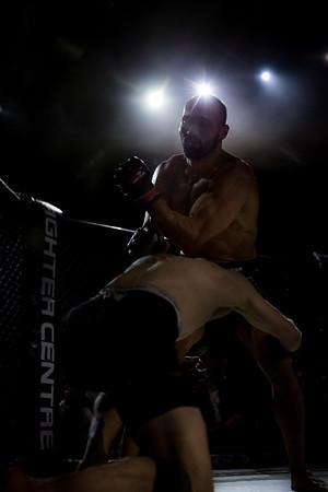 2015-10-16 The Zone Fight Night MW8654