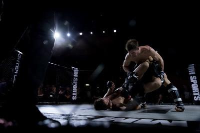 2015-10-16 The Zone Fight Night MW5850