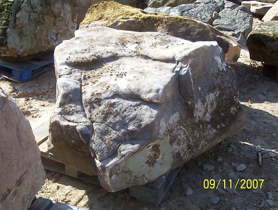 Tennessee SQM fieldstone boulder  *Special order, must be sold by the truckload.  Truckload can be combined with any NC/ SQM stone.