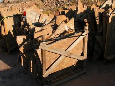 Utah QDS desert bronze large stone