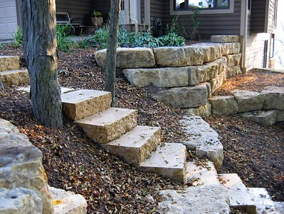 Illinois Hahn steppers  *Special Order.  This stone must be ordered by the truckload.  Can be combined with any other IL/ Hahn stone.