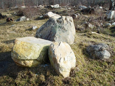 North Carolina BR mountain mix boulders  *Special order, must be sold by the truckload.  Truckload can be combined with any NC/ BR stone.
