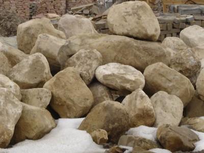 Utah QDS brown sandstone boulders