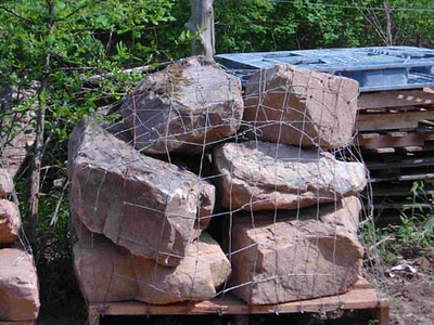 Tennessee CM medium boulders  *PIA