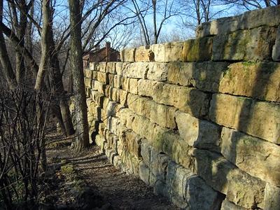 Illinois Hahn native quarry stone