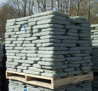 New York JR tumbled bluestone wallstone  *Easily accesible.  This particular stone is not held in stock at TDH but can be ordered and added to a truck or picked up by TDH.
