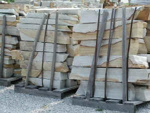 Tennessee/ Virg two tone rubble  *Special order.  This stone must be ordered by the truckload.  Can be combined with any other TN/ Virg stone