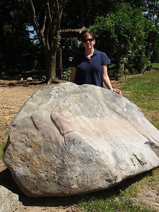 Tennessee/ Virg fieldstone boulder This boulder is currently in stock.  *Special order.  This stone must be ordered by the truckload.  Can be combined with any other TN/ Virg stone