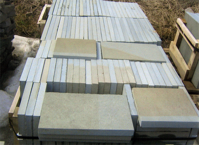 Pennsylvania full range thermal pattern bluestone  *Easily accessible, this particular stone is not held in stock at TDH but can be ordered and added to a truck or picked up by TDH.