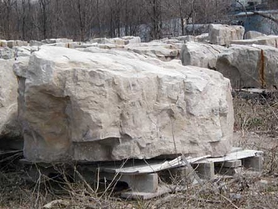 Ohio SC canyon tan boulders  *Special Order.  This stone must be ordered by the truckload.  Can be combined with any stone from OH/ SC