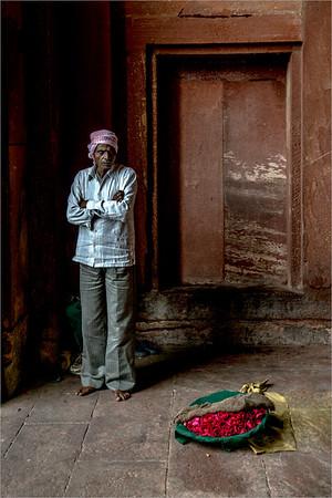 seller of petals in Fatehpur Sikri