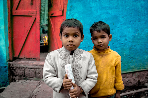 two little brothers in Fatehpur Sikri