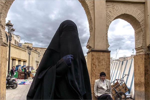 woman with burka - Fez