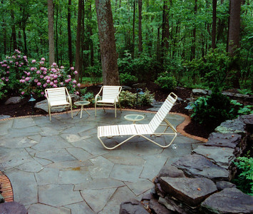 bluestone patio with brick border