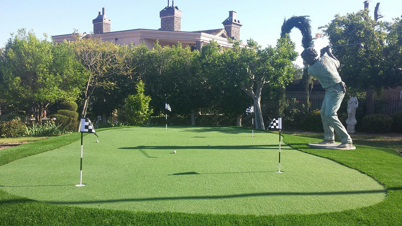 SimpleTurf Putting Green
