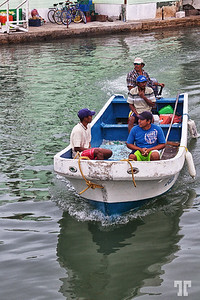 boat-belize-city-harbor