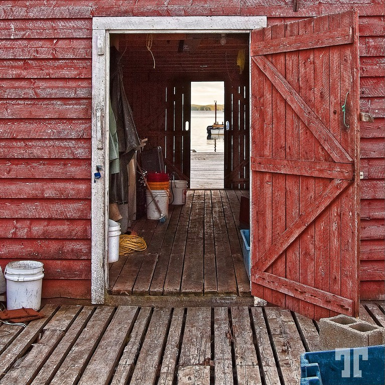 fisherman-shack-red-mod-XL.jpg