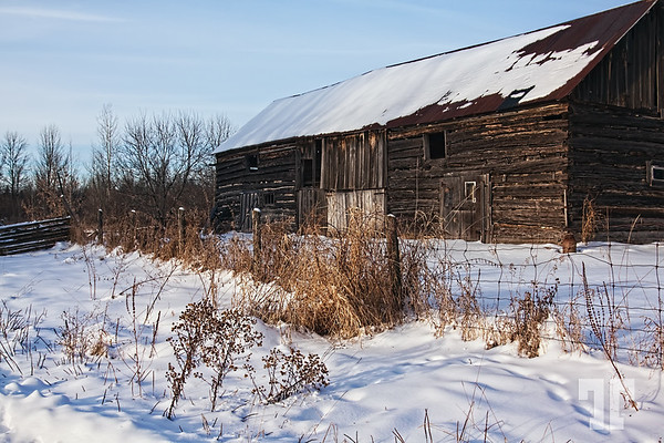 December 28, 09  That old, old barn...  I took this photo last week, when we made a trip to the Ontario countryside Ottawa Canada