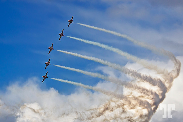 Sept. 17, 2012  Skyriders - the Snowbirds show in Ottawa  (ZZ)