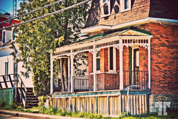 Old house in Quyon village in Quebec