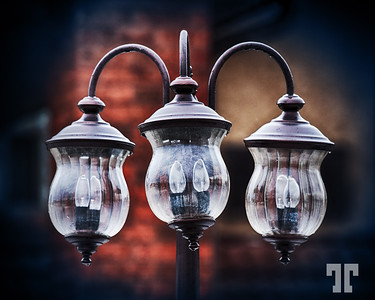 """Lamps  - entry for the DSS# 121 """"Centered"""""""