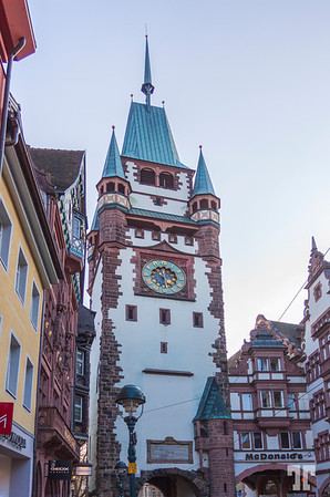 freiburg-clock-tower