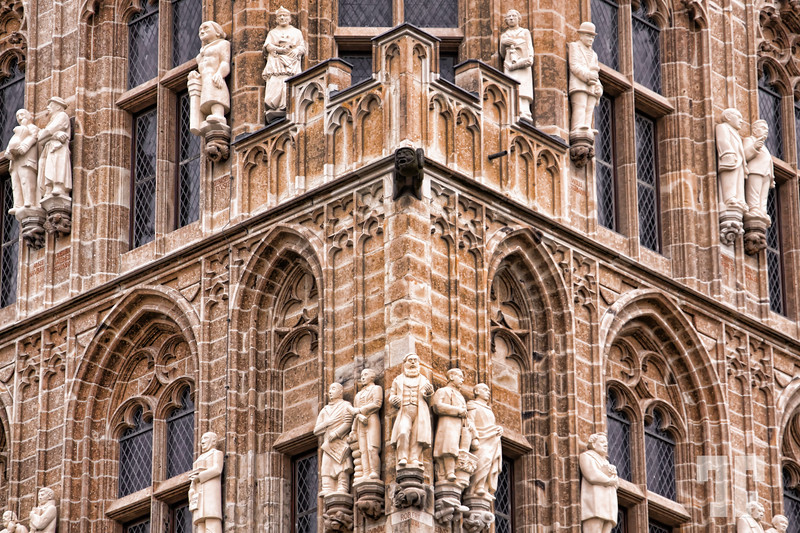 architecture-detail-cathedral-tower-koln-germany