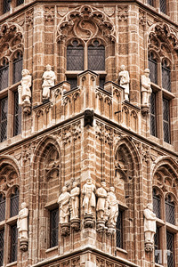architcture-detail-cathedral-tower-koln-germany-2