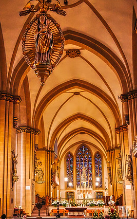 cologne-germany-church-inside-AU-Ill