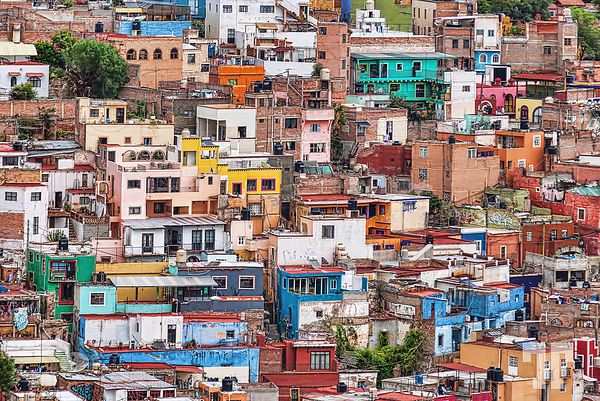colorful-hilltop-houses-guanajuato-cropped-4300
