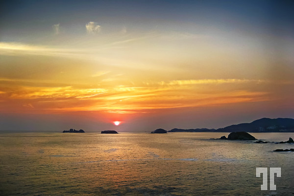 sunset-ixtapa-mexico