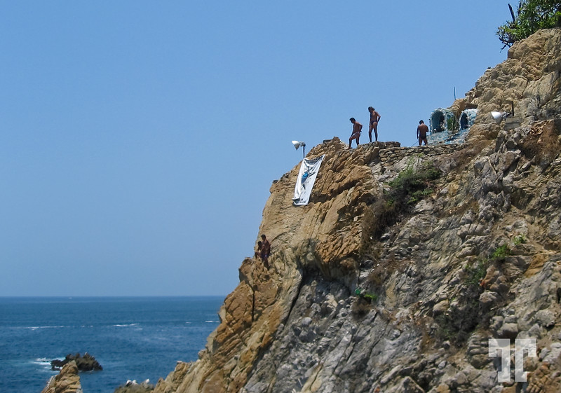 "The famous ""La Quebrada"" divers rock-12"