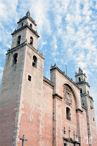 Catedral de San Ildefonso, Mérida, Mexico. Built in 1598 from the stones of an old Mayan template Architecture elements