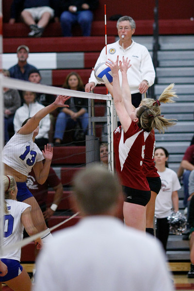 Volleyball: Pierce v TCC