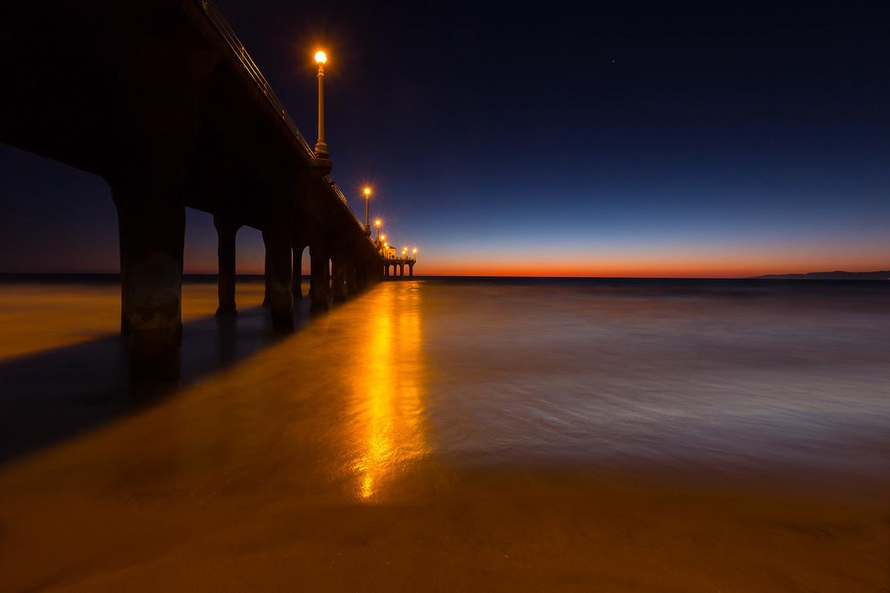 Manhatten Beach pier, all lit up.