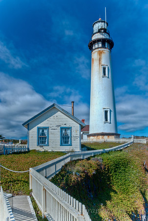 Pigeon Point Lighthouse and Carpenter's Building