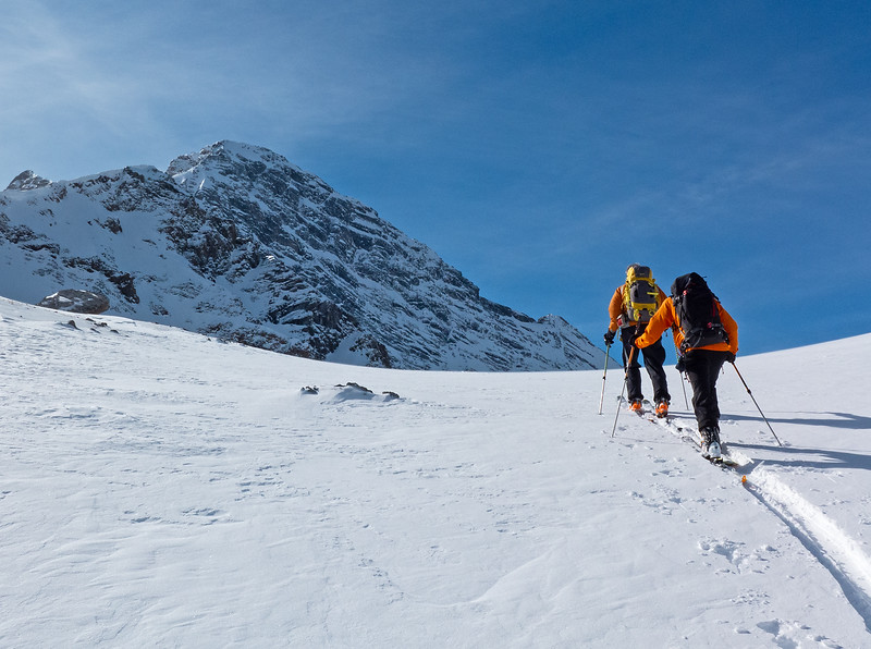 Final climb to the pass.