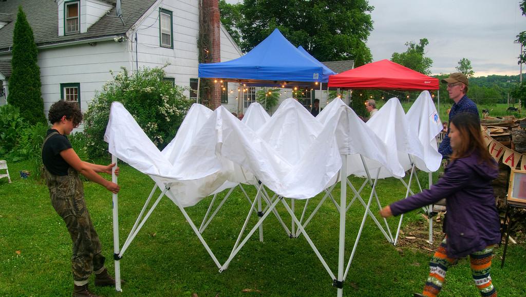 rain tent